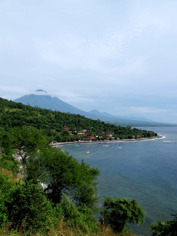road-eastern-coast-beautiful-amed-balidiversity